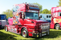 Barry Proctor Scania T124 X1BPS Peterborough Truckfest 2018 (davidseall) Tags: barry proctor scania vabis t124 l truck t124l lorry tractor unit artic large heavy goods vehicle lgv hgv peterborough truckfest may 2018 x1 bps x1bps