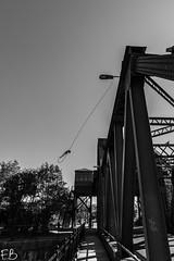 Egerton Bridge (frisiabonn) Tags: wirral liverpool england uk britain marine mersey merseyside sea waterfront maritime outdoor birkenhead bascule egerton bridge unused old rundown rope
