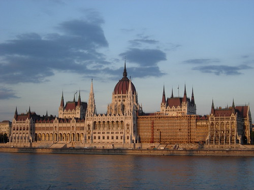 Ryanair promotion 22 – 25 January 2010: Cheap flights to Budapest, Carcassonne & Linz