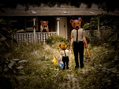 Missing... (Matt West) Tags: bear fairytale goldilocks fable faerietale views400 views300
