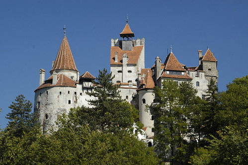 3 Romanian Castles You Must Visit At Least Once In Your Lifetime. Bran Castle, Dracula's Castle