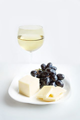 (hd connelly) Tags: stilllife food fruit cheese hdconnelly interestingness wine drink explore mixology blackgrapes thegrapeshavenowbeeneaten