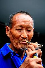 rIMG_0046 (Sam's Exotic Travels) Tags: china people portraits sam chengdu sichuan province sams travelphotos samsays loudai bfv1 samsexotictravelphotos exotictravelphotos samsayscom