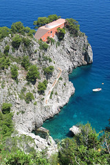 Capri - Casa Malaparte (Thomas Reichart ) Tags: ocean blue sea house architecture capri bay casa scenery casamalaparte