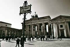 Pariser Platz - by abbilder