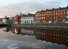 38 - Cork (M R Fletcher) Tags: county city ireland reflections river october cork statues eire lee queenstown cobh ec freestate riverlee markfletcher republicofireland utatathursdaywalk28