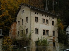 House Where Nobody Lives (erix!) Tags: house hotel ruins sinister creativecommons ef saechsischeschweiz musicalreferences beuthenfall