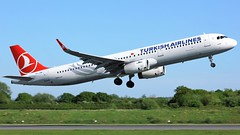 TC-JSM (AnDyMHoLdEn) Tags: turkishairlines a321 staralliance egcc airport manchester manchesterairport 23l