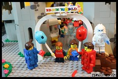 Welcome to Brick World Park (EVWEB) Tags: lego minifigures 71021 park fairground amusement