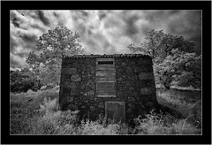 Puntagorda, La Palma, Sony A7 IR, Nikkor 18mm/3.5 (Bartonio) Tags: architecture bw canaryislands clouds infrared ir islascanarias lapalma modified nikkor18mm35 nubes pajero puntagorda shed sonya7ir