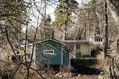 Mökit metässä (Janne Karvinen) Tags: helsinki lauttasaari cabin
