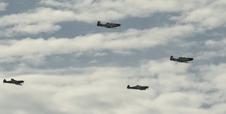 20180425_9173_7D2-200 Flypast by replicas