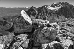 Corchia16-0184 (improsara) Tags: monte corchia apuane apuan alps escursionismo hiking bergwanderungen roccia rock stein montagna mountains gebirge bianco e nero schwarz und weiss black white