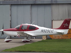 N925CC Cirrus SR22 GTS 3 X Turbo Cirrus SR22 2992 Inc Trustee (Aircaft @ Gloucestershire Airport By James) Tags: gloucestershire airport n925cc cirrus sr22 gts 3 x turbo 2992 inc trustee egbj james lloyds