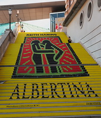 Promotion (madbesl) Tags: sign colorful wien vienna österreich austria europa europe city stadt treppe stair albertina keithharing olympus omd em10 m10 omdem10 zuiko1250