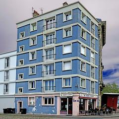 Au Bon Coin - Le Havre (pom.angers) Tags: panasonicdmctz101 lehavre 76 seinemaritime normandie france europeanunion architecture auboncoin bar café may 2018