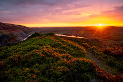 Sunset from Bowness Knott (Joe Hayhurst) Tags: bownessknott sunset lakedistrict cumbria landscape england golden hour