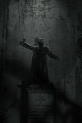 last pale light (Andy Schwetz ( andyschwetz,de)) Tags: cimitero decay blackandwhite bw shadow shadows urbanexploration forgotten cemetery friedhof statue spooky ghosts andyschwetz fotografmünchen canoneos6d darkhistory blackdeath dark darktourism