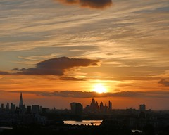 Spot the Plane (Waterford_Man) Tags: sunset london sky city england