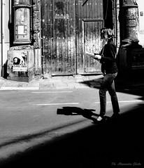 Luci e ombre (alessandrochiolo) Tags: streetlove streetlife people streetphotography streetphoto street biancoenero blackandwhite
