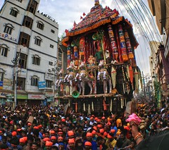 Chithirai Festival Chariot (MobilePhotography by Ram) Tags: lordshiva goddessparvathi meenakshiammantemple temple shotoniphone snapseed people april