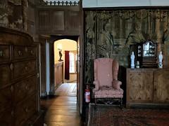 2018 0429 549 (SGS8+) Lytes Cary Manor (Lucy Melford) Tags: samsunggalaxys8 lytes cary manor