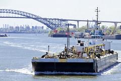 r_180509196_beat0037_a (Mitch Waxman) Tags: bayonnebridge killvankull newyorkcity newyorkharbor tugboat newyork