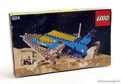 924 Box front (drdavewatford) Tags: 924 spacecruiser lego classicspace