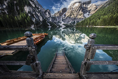 Pragser Wildsee / Lago Di Braies (simon_mangold) Tags: landscape simon mangold pragser wildsee lake braies lago di spring mirror mirroring boat wooden reflection italian italia italy sunrise sonnenaufgang 1124 2470 70200 trees forest sky cloud snow cold morning hill canon eos 5d mark iv south tyrol südtirol seekofel see mountain outdoor mountainside white green water tree wood mist