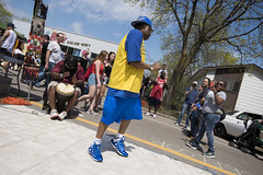 Dancing at Cinco de Mayo street fair