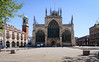 Kingston upon Hull -75.jpg (Colin Dorey) Tags: hull kingstonuponhull riverhull humber building architecture structure yorkshire may 2018 posterngate church holytrinity kingstreet tower westfront pavement
