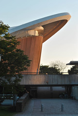 Has der kulturen der welt (Matteo Merli) Tags: berlin berlino architecture light sky sunset wall materials composition lines urban design haus der kulturen welt
