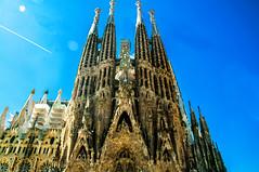 Sagrada Família (Tony Shertila) Tags: spain architecture art azura barcelna barcelona building catalunia christian church city cruise europe facade goudi outdoor sagradafamilia tourist vacation gothic