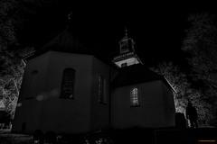 Resurfaced (MIKAEL82KARLSSON) Tags: kyrkogård kyrka church graveyard bw svartvit svartvitt dead night nightshot nightphoto natt nattfoto sverige sweden pentax k70 mikael82karlsson
