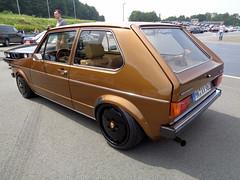 VW Golf 1 (911gt2rs) Tags: treffen meeting show event tuning tief low stance youngtimer mk1 rabbit oldschool chromstosstangen dub custom porsche felgen wheels rims braun brown