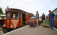 Pluimveetram (Maurits van den Toorn) Tags: tram tramway villamos tranvia kleinbahn rtm ouddorp goederen freight m67 mbs motorwagen dieseltram diesel