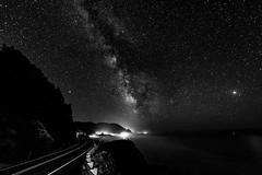 yachats5222018-4 (Ranbo (Randy Baumhover)) Tags: oregon oregoncoast pacificocean stars milkyway hwy101 blackandwhite blackwhite