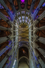 Cathedrale de Beauvais (edhi) Tags: building historicalbuilding france oise cathedral cathedrale ceiling wideangle gothicarchitectue architecture sony sonya6300 sonyalpha