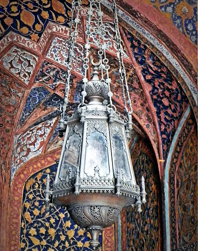 Agra 95 - Akbars tomb interior