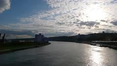 Rouen - La Presqu'île Rollet (jeanlouisallix) Tags: rouen seine maritime haute normandie france fleuve rivière cours deau berges jardin parc nature randonnée promenada paysage landscape panorama pont gustave flaubet bateaux céréales charbon grues