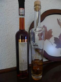What do you prefer? VINSANTO ΣΑΝΤΟΡΙΝΗ from Greece or Honey Medovina from Czech Republic? P1040921