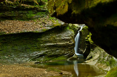 Robinson Falls in Boch Hollow (ramseybuckeye) Tags: robinson falls boch hollow hocking county ohio nature preserve waterfall corkscrew pentax art blackhand sandstone hills water stream creek