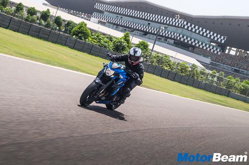 2018 Suzuki GSX-S750 Review Test Ride | MotorBeam