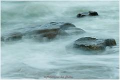 stenen in het water (Hetwie) Tags: eb opaalkust sea vloed france natuur water hightide rocks frankrjk noordzee zee beach nature rotsen audresselles pasdecalais frankrijk fr côtedopale
