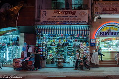 -cDSC_4513 (Erik Christensen242) Tags: vietnam saigon nightmarket hats helmets color lethanhton street