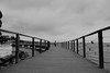 Explorando el puente del Hotel Juanito, San Carlos de la Rapita. (angelalonso4) Tags: canon eos 1300d efs1855mm f3556 is ii ƒ35 180 mm 14000 400 water black white urban calle street puente metal madera agua mar mediterraneo