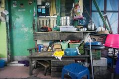 (kuuan) Tags: housing kitchen alongrailwaytracks indonesia voigtländerheliarf4515mm manualfocus mf voigtländer15mm aspherical f4515mm superwideheliar apsc sonynex5n surabaya street java