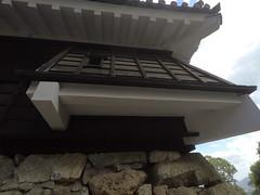 Castle west stonechute _orig_LG (Hazbones) Tags: iwakuni yamaguchi yokoyama castle kikkawa suo chugoku mori honmaru ninomaru demaru wall armor samurai spear teppo gun matchlock map ropeway