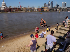 Street Photography-20180506-147-Edit.jpg (Edmond Terakopian) Tags: riverthames parkour sunny active heatwave streetphotography gymnastics sun summer beach dailylife fit youth exercise fitness lifestyle weekend activity public stpaulscathedral publicart cathedral londonskyline