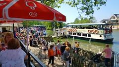 Riverboats...Sun...Windsor = Crowds (standhisround) Tags: people crowds windsor berkshire england uk river riverthames thames boats riverboats colourful scenic trees pleasurecraft